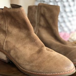 Joes (Jean) Tan Suede Boots